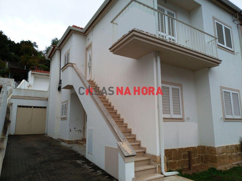 casacerta.pt - Moradia bifamiliar T4 -  - Santa Clara e Cast(...) - Coimbra