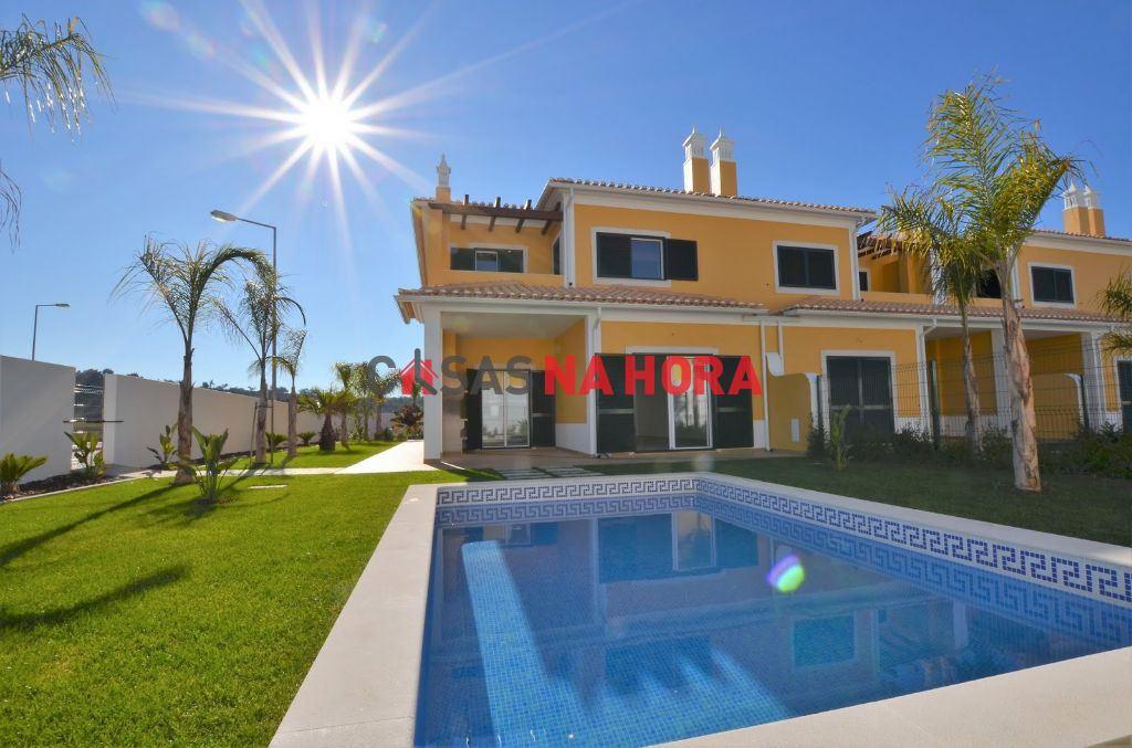 Maison jumelée   Acheter Algoz e Tunes 395.000€