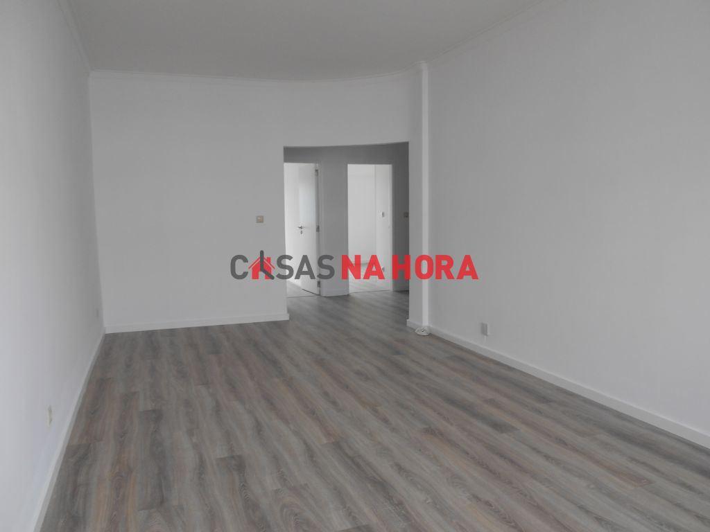 casacerta.pt - Apartamento T3 -  - Laranjeiro e Feijó(...) - Almada