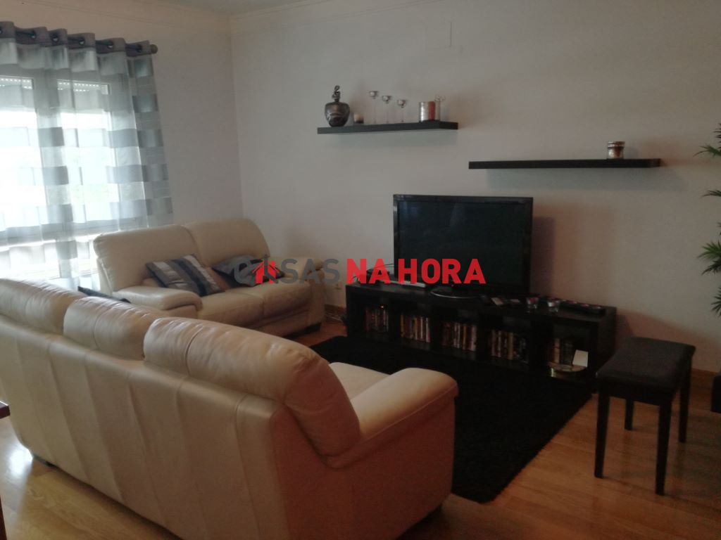 casacerta.pt - Apartamento T2 -  - Moscavide e Portel(...) - Loures