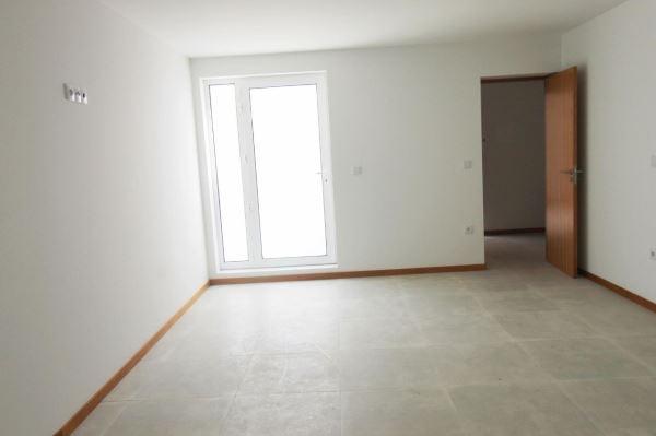 Piso-vivienda T2, para Alquiler