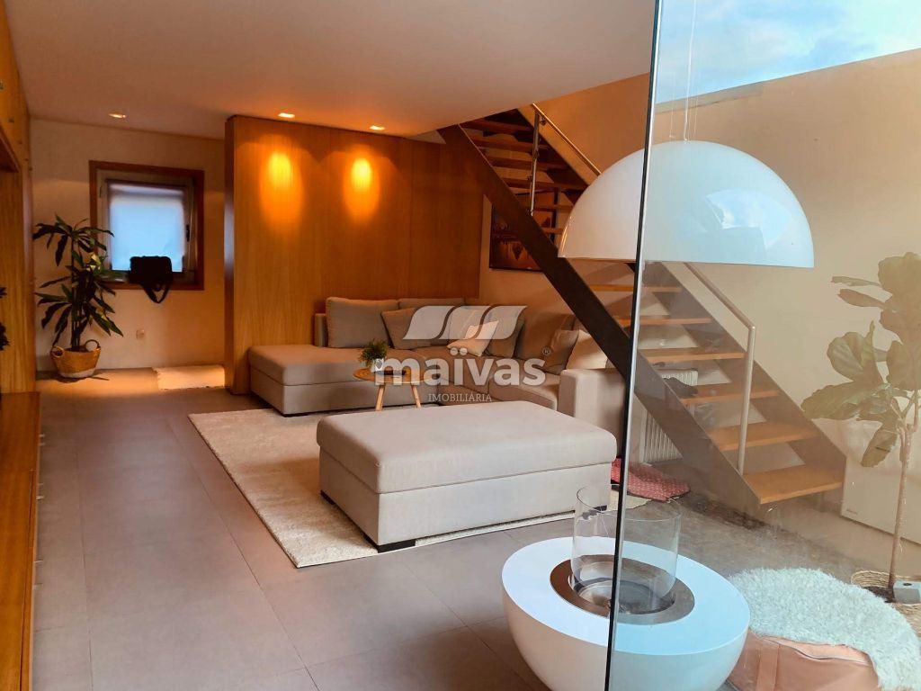 Maison de ville - modèle coin   Acheter Campanhã 235.000€