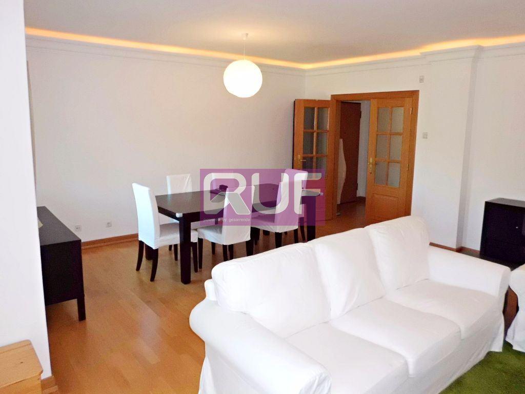 Apartamento  com 3 Quartos - Alcabideche, Cascais