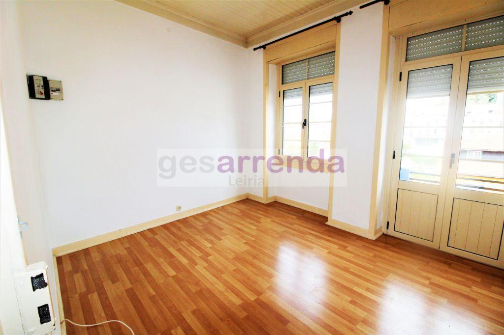 Apartamento  com 2 Quartos - Leiria, Pousos, Barreira e Cortes, Leiria