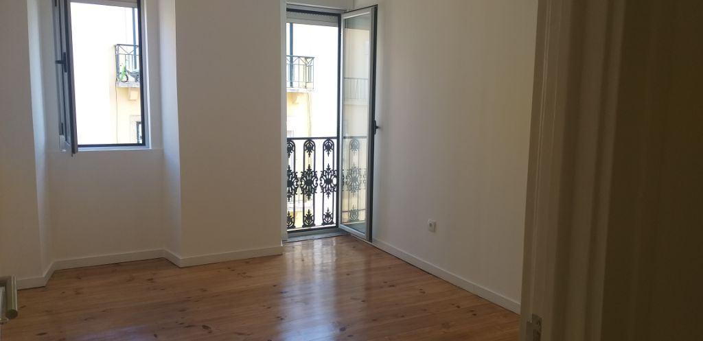 Apartamento  com 2 Quartos - Alcantara, Lisboa