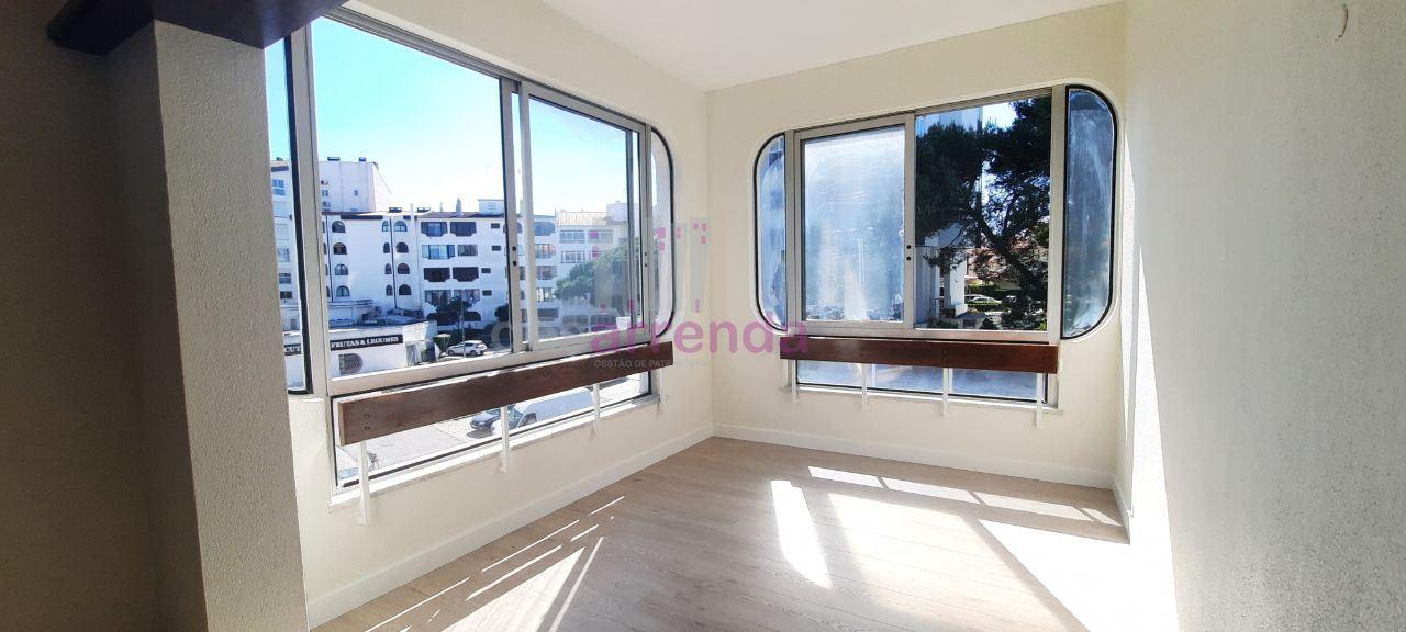 Apartamento  com 2 Quartos - Cascais e Estoril, Cascais