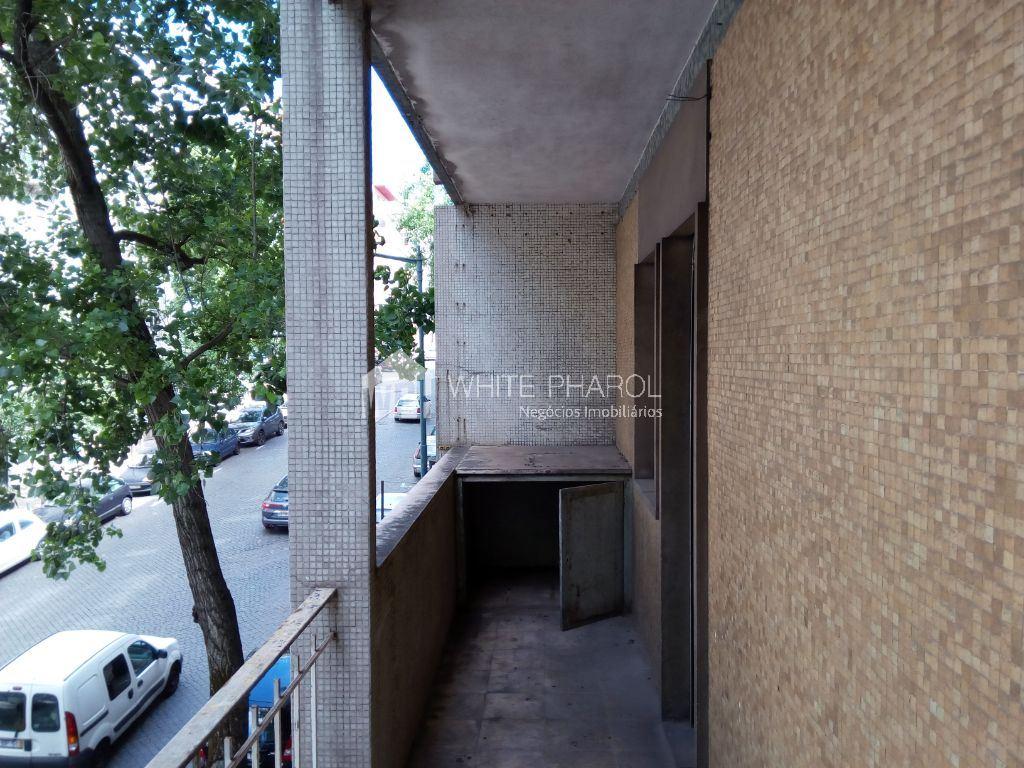 casacerta.pt - Apartamento T3 -  - Santo António - Lisboa