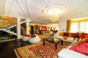 Detached house 6 Bedrooms, to Sale