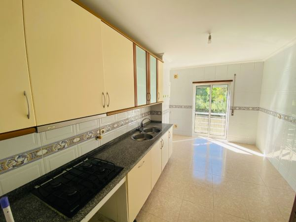Apartment 2 Bedrooms, to Rent