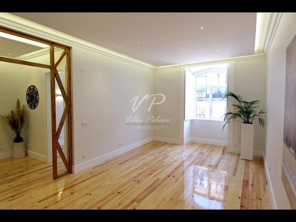 casacerta.pt - Apartamento T3 -  - Santa Maria Maior - Lisboa