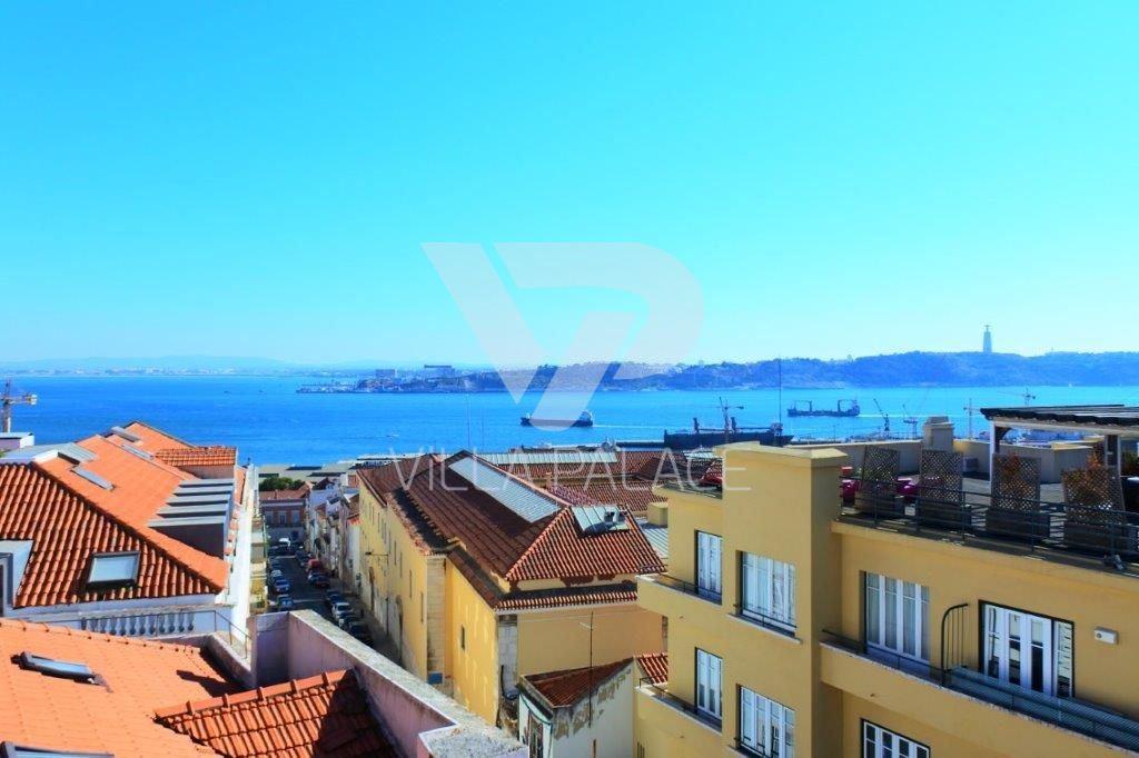casacerta.pt - Prédio Habitacional  -  - Estrela - Lisboa