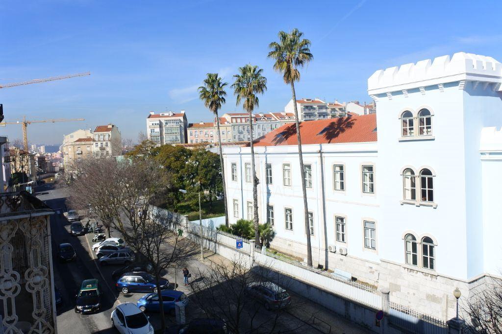 casacerta.pt - Apartamento T5 -  - São Vicente - Lisboa