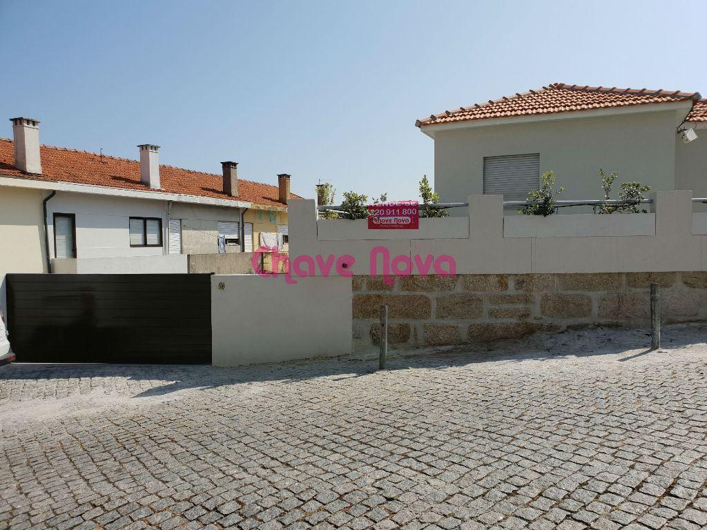 Maison de ville   Acheter Mafamude e Vilar do Paraíso 320.000€