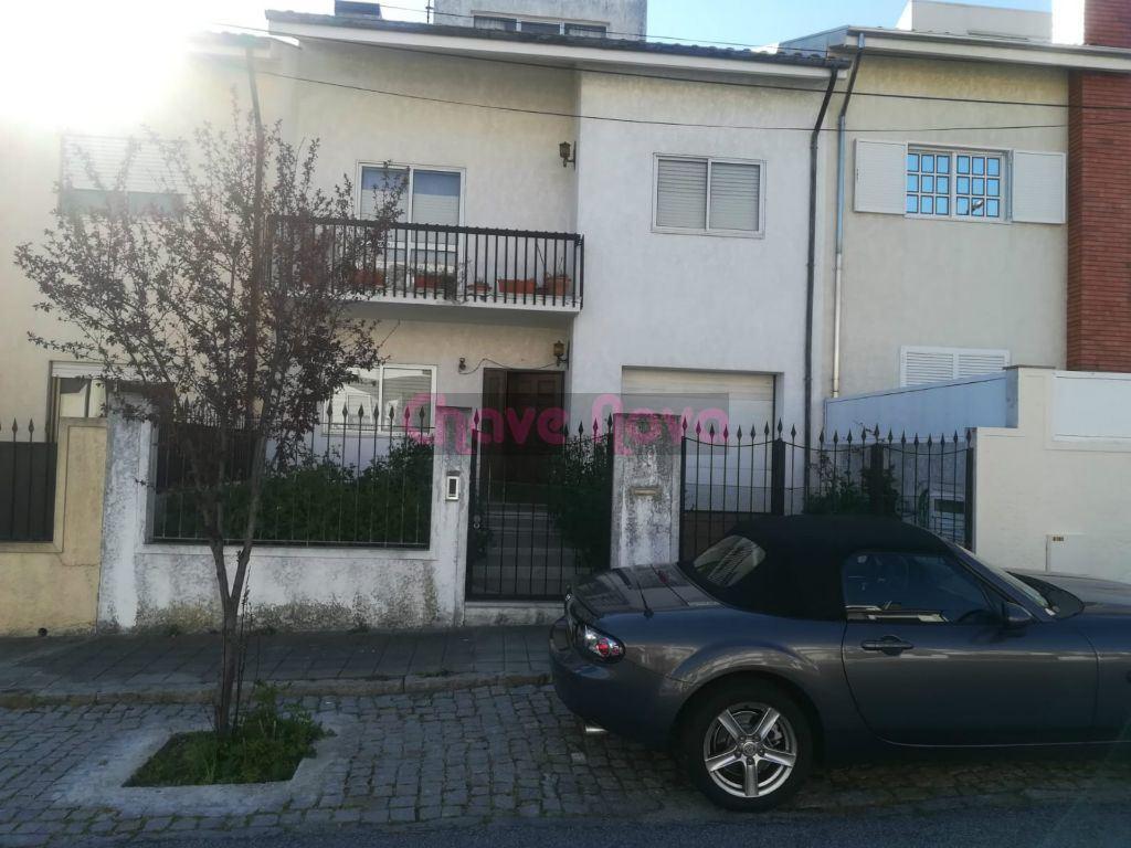 casacerta.pt - Moradia em banda T4 -  - Mafamude e Vilar d(...) - Vila Nova de Gaia