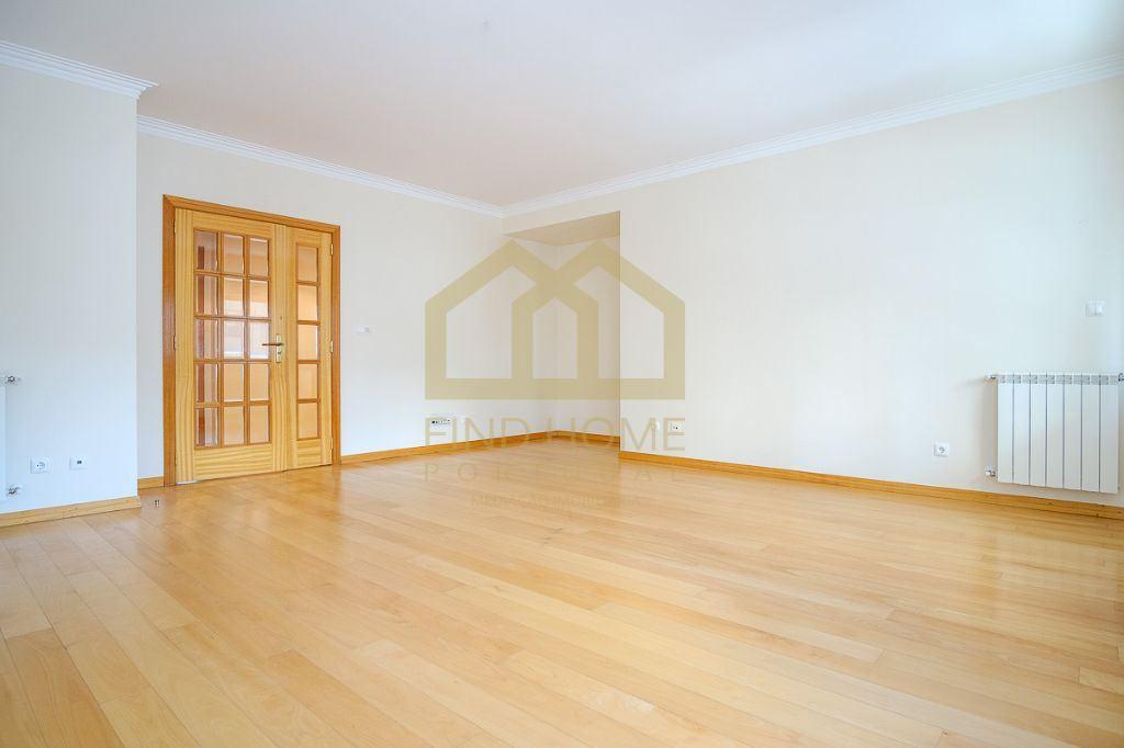 casacerta.pt - Apartamento T2 - Venda - Camarate, Unhos e Apelação - Loures