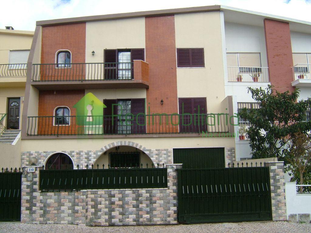 casacerta.pt - Moradia isolada T5 - Venda - Rio de Mouro - Sintra