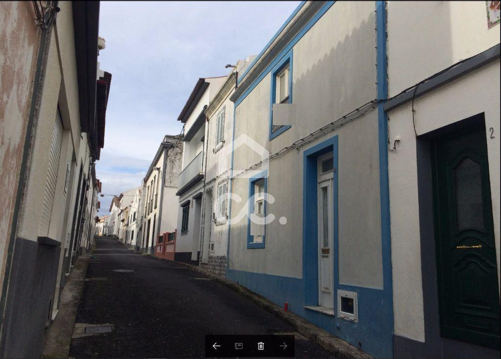 casacerta.pt - Moradia isolada T2 -  -  - Vila Franca do Campo