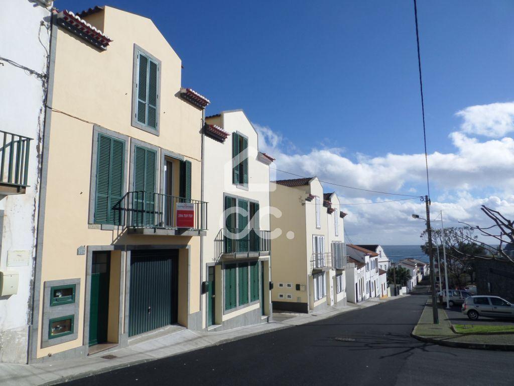 casacerta.pt - Moradia isolada T4 -  -  - Vila Franca do Campo
