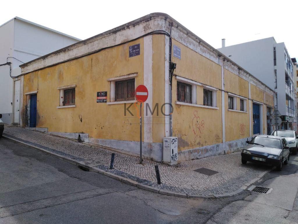Entrepôt   Acheter Faro (Sé e São Pedro) 550.000€