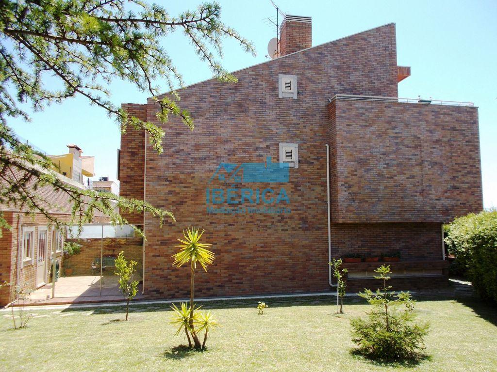 casacerta.pt - Moradia de gaveto T3 -  - Gulpilhares e Vala(...) - Vila Nova de Gaia