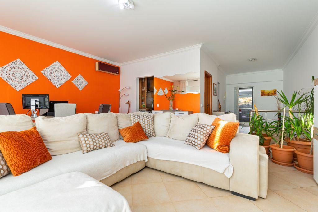 Maison jumelée   Acheter Alenquer (Santo Estêvão e Triana) 195.000€