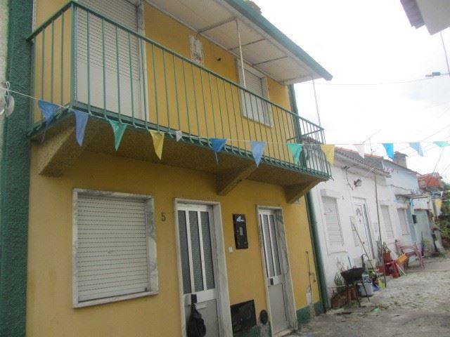 casacerta.pt - Moradia isolada T2 -  - Trouxemil e Torre (...) - Coimbra